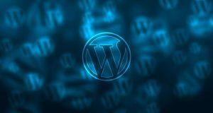 Como eliminar el mensaje Creado con WordPress de mi página web