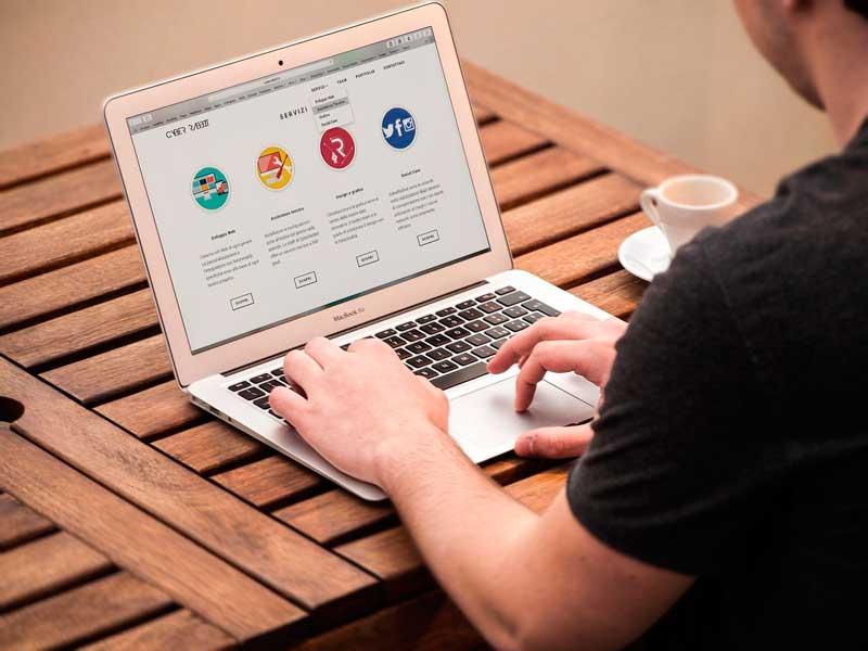 Con esta entrada pretendemos enseñarte cuales son las características a valorar de un buen soporte técnico informático a la hora de contratar